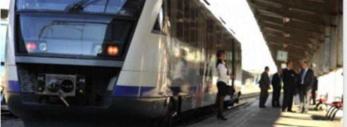 Toţi studenţii la universităţi din România vor călători gratuit cu trenul